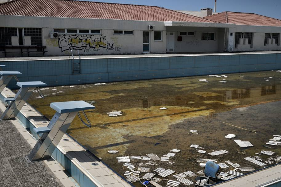 Glo stadi abbandonati di Atene 2004 oggi ...